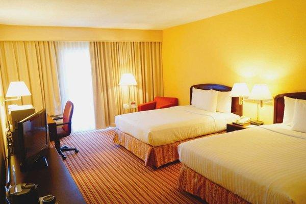 Hampton Inn Monterrey-Airport - фото 50
