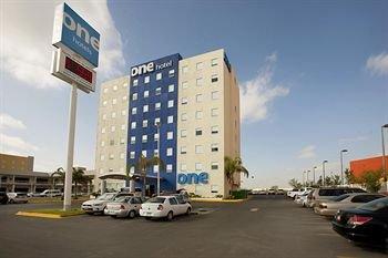 One Monterrey Aeropuerto - фото 23