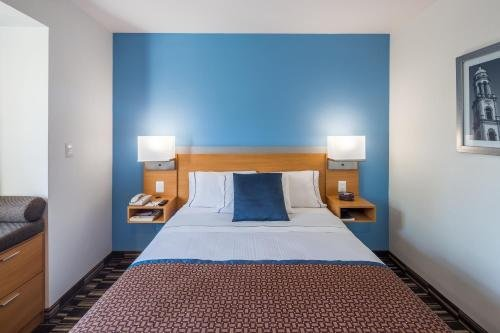 Microtel Inn and Suites Culiacan - фото 1