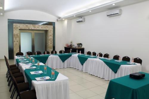 Holiday Inn Express Paraiso - Dos Bocas - фото 15