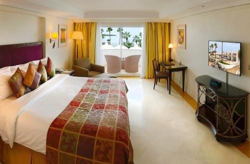 L' Amphitrite Palace Resort & Spa - фото 2