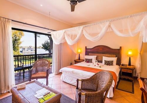Chobe Marina Lodge, Касане