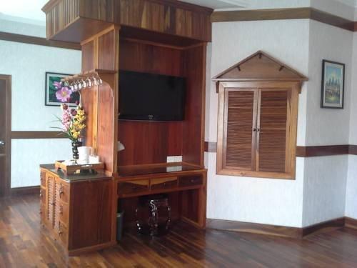 Khemara Battambang I Hotel - фото 14