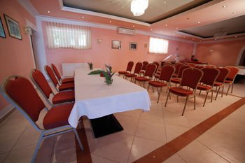 Hotel Borovnik - фото 15