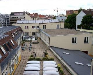 Hotel in Hernals - фото 21