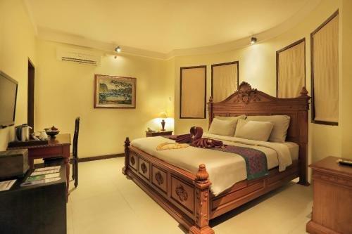 Aston Sunset Beach Resort Gili Trawangan 4 Starts Resort