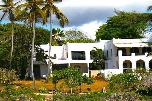 Hill Park Hotel - Tiwi Beach - фото 14