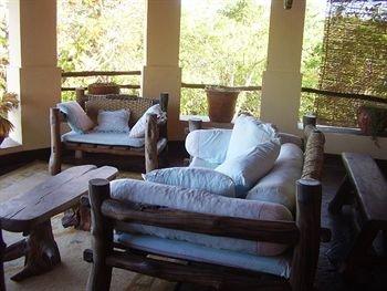Hill Park Hotel - Tiwi Beach - фото 3