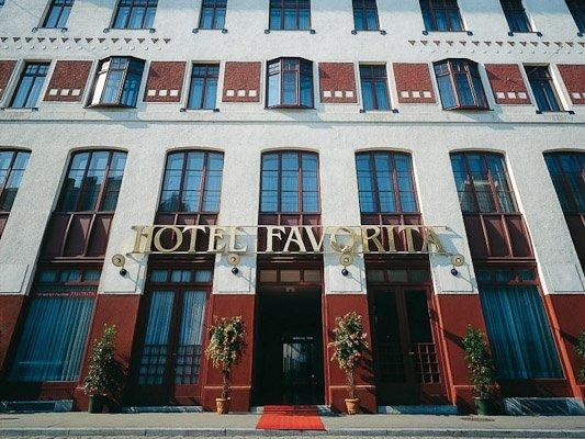 Austria Trend Hotel Favorita - фото 0