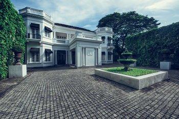 Paradise Road Tintagel Colombo