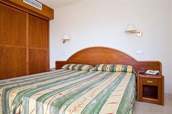 Гостиница «THB Dos Playas», Кала-Раджада