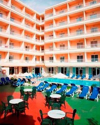 D-H Calma Hotel - фото 22