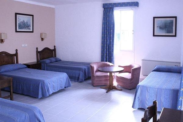 D-H Calma Hotel - фото 3