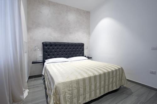 Hotel Bruman Salerno - фото 1