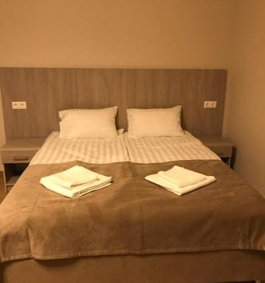 On Ivovy Guest House - фото 0