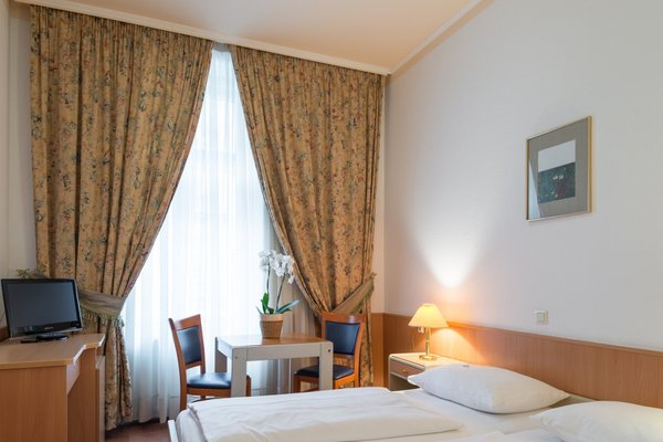 Hotel Marc Aurel - фото 2