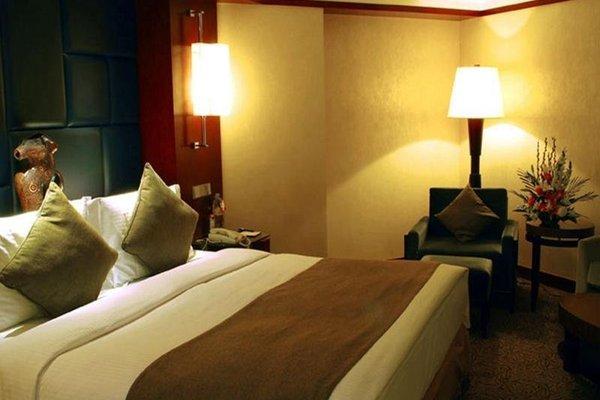 Beijing Kuntai Royal Hotel - фото 1