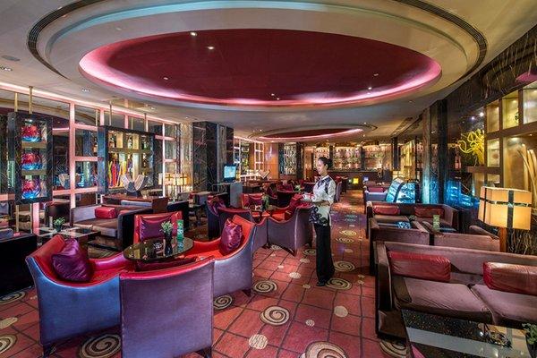 Beijing Kuntai Royal Hotel - фото 17