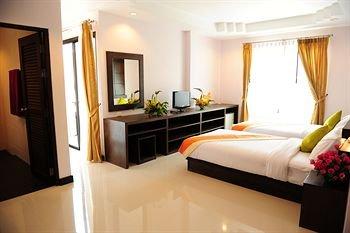 Ice Kamala Beach Hotel