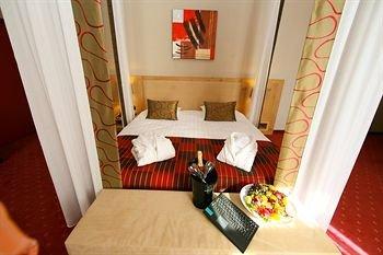 Hotel Verviers Van der Valk - фото 7