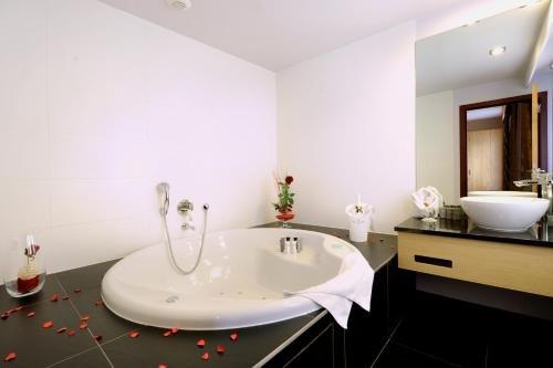 Hotel Verviers Van der Valk - фото 8