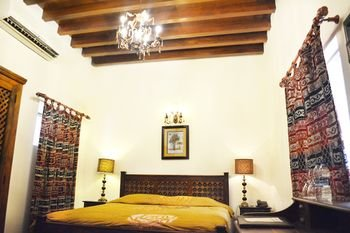 Orient Guest House - фото 1