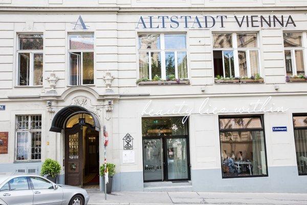 Small Luxury Hotel Altstadt Vienna - фото 23