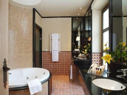 Hotel Ilunion Merida Palace - фото 7