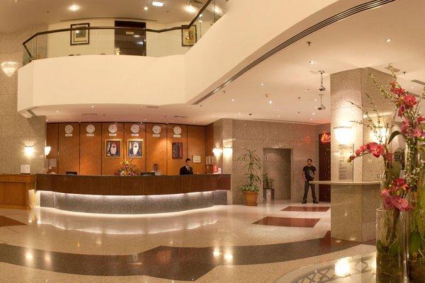 Avari Dubai Hotel - фото 13