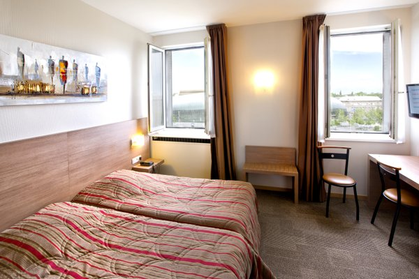 Hotel Vendome - фото 1