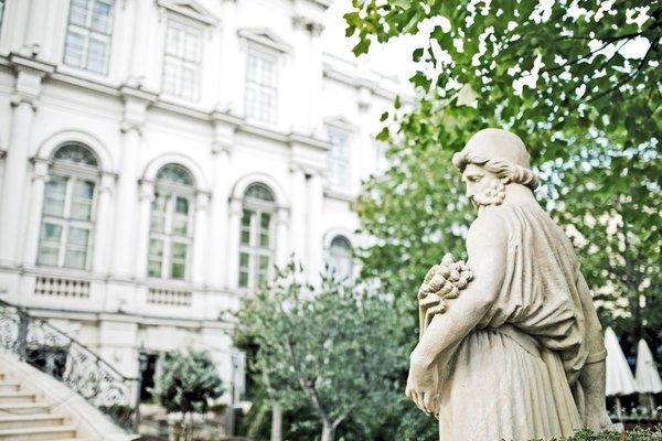 Palais Coburg Residenz - фото 22