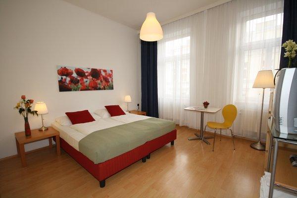Actilingua Apartment Pension - фото 6