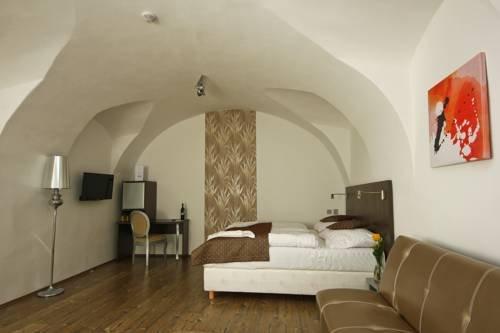 U Tri Hrusek Suites & Apartments - фото 22