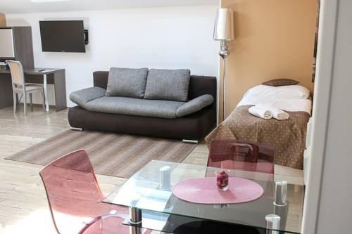 U Tri Hrusek Suites & Apartments - фото 7