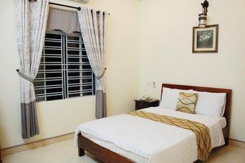 Phuong Thu Hotel