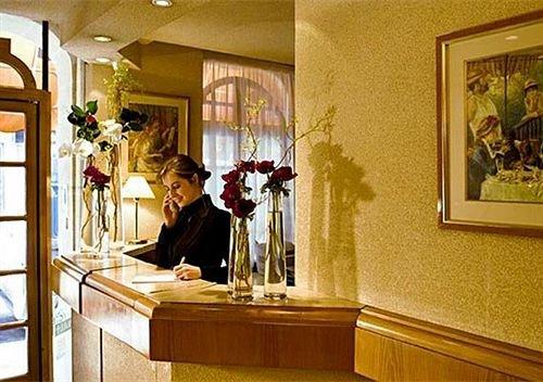 Hotel Suites Unic Renoir Saint-Germain - фото 13