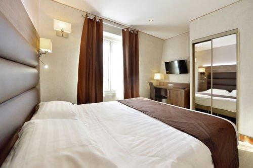 Hotel Suites Unic Renoir Saint-Germain - фото 2