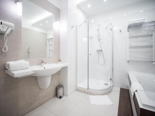 Aparthotel Miodowa - фото 10