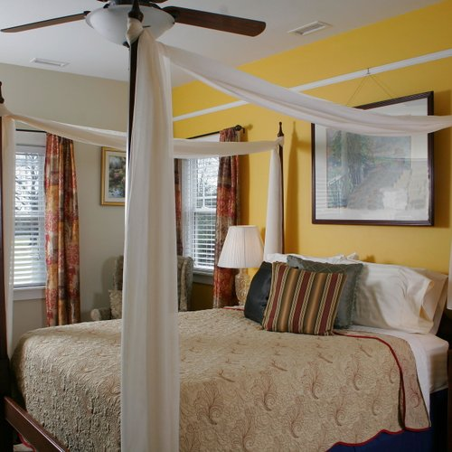 Photo of Seven Oaks Bed And Breakfast