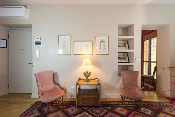 Porta Palace Apartments - фото 10