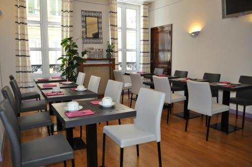 Hotel du Centre - фото 14