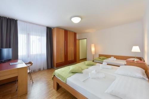 Hotel Korotan - фото 1