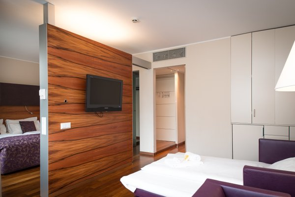 Pakat Suites Hotel - фото 7