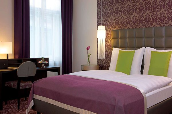 Steigenberger Hotel Herrenhof - фото 1