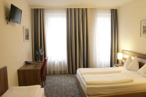 Hotel Carina - фото 1