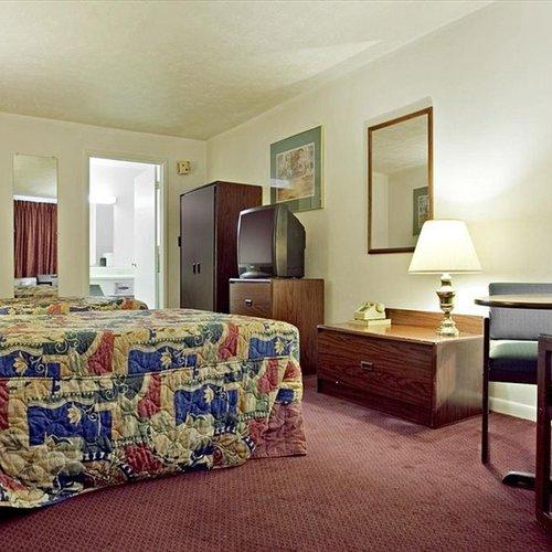 Photo of Americas Best Value Inn-St. Albans/South Charleston