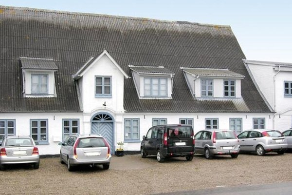 Отель «Holiday home Brunsnaesfjordvej D- 720», Broager