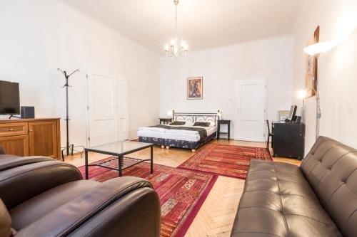 Stepanska Apartment - фото 2