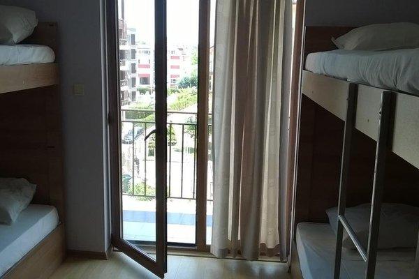 415- FourFifteen Hostel - фото 2