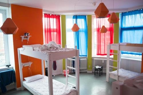 instant Sleep Backpacker Hostel - фото 4